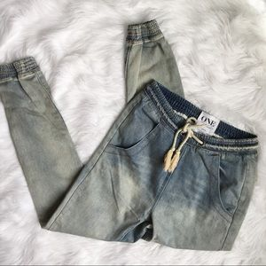 One Teaspoon Super Trackies Light Wash Jeans
